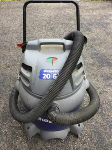 Shop vac 20 gallon vacuum.  6.5 H p.  On rollers